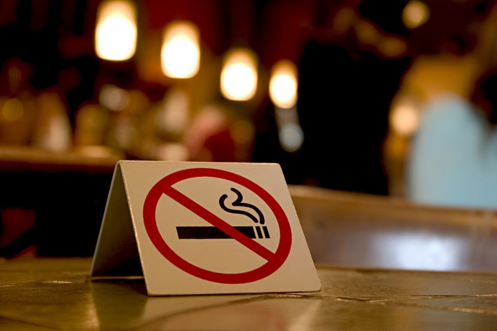 non-smoking cafes